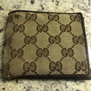 Gucci monogram wallet